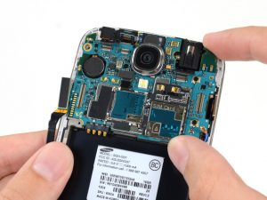 راهنمای مرحله به مرحله تعمیر دوربین عقب Samsung Galaxy S4