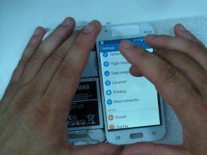 آموزش تصویری تعمیر صفحه نمایش و ال سی دی لمسی Samsung Galaxy J1
