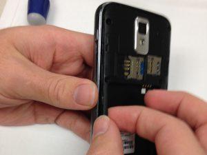 راهنمای تصویری تعمیر دکمه کنترل صدا Samsung Galaxy S II T989
